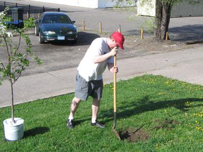 kurtis digging a hole