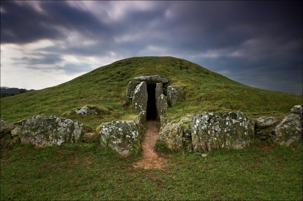 stone aged chamber in Wales